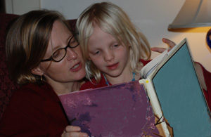 Earn Free Gifts With These Summer Reading Programs